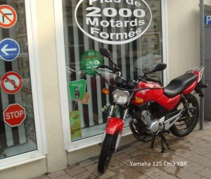 Yamaha 125 Cm3 YBR